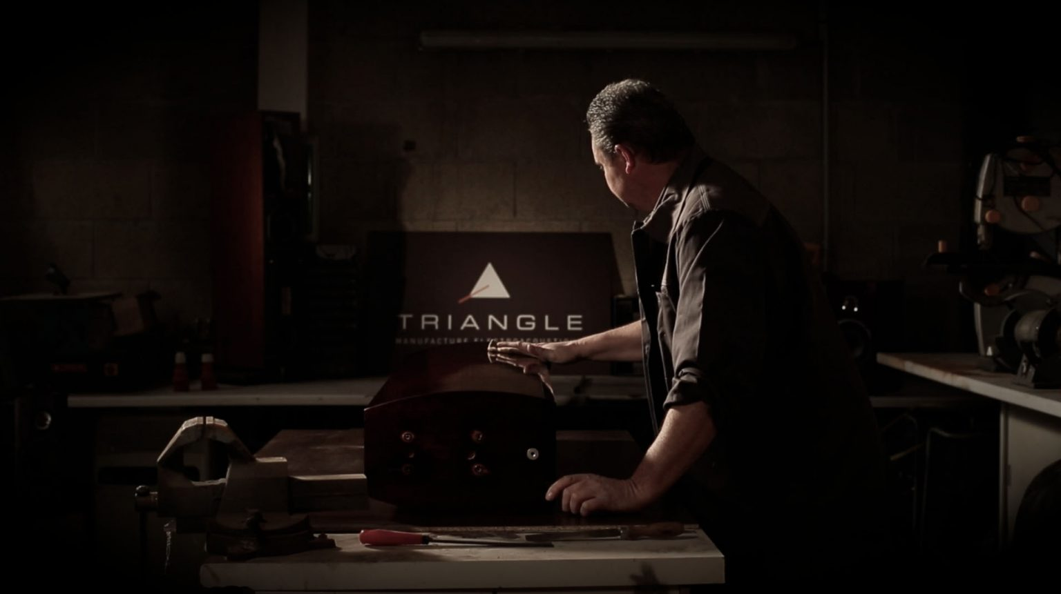 Triangle manufacture atelier enceinte hifi